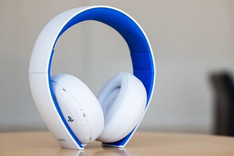 PS4 - Wireless Stereo Headset 2.0, bílá